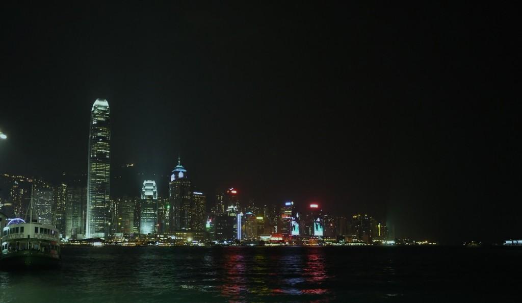 HK 033